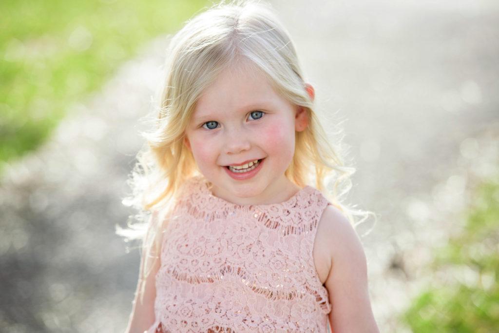 HRMPhotography-kidsoutside016