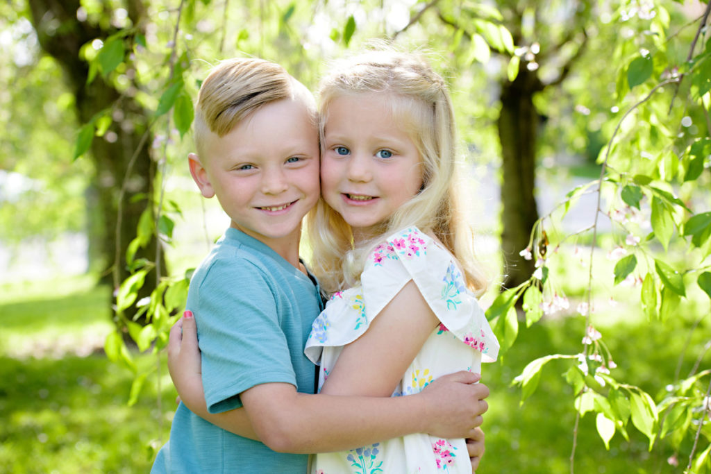 HRMPhotography-kidsoutside020