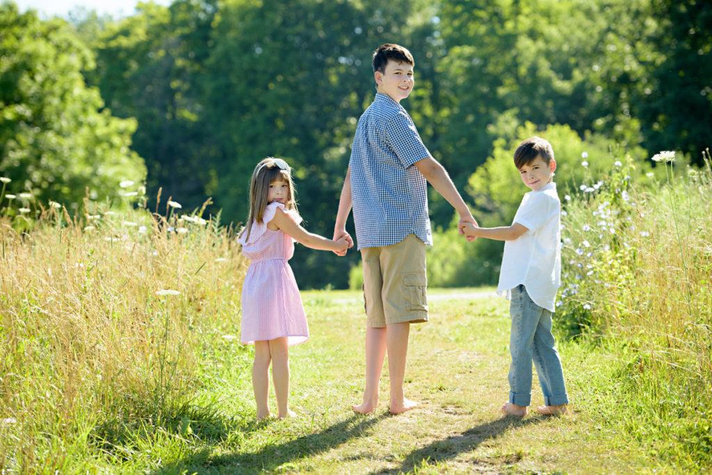 HRMPhotography-kidsoutside080