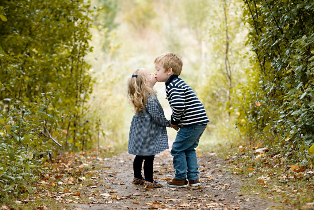 HRMPhotography-kidsoutside085